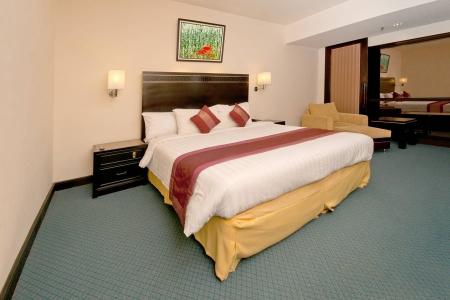 Кровать в классическом стиле