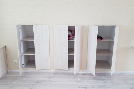 Шкафы встроенные в стенку