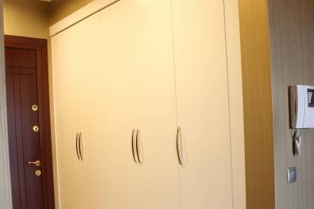 Шкаф для квартиры